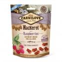 Carnilove Dog Snack Crunchy Mackerel & Raspberries - chrupiąca przekąska z makrelą i malinami - 200g